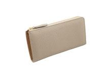 ドイツシュリンクを使用したライトグレー色のL字ファスナー長財布