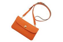 ドイツシュリンクを使用したオレンジ色の肩かけポシェット型長財布