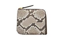 蛇革を使用したL字ファスナーミニ財布