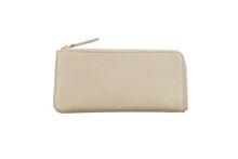 Mezzo Shrinkを使用したベージュ色のL字ファスナー薄型長財布