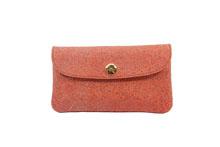 シープレザーを使用したオレンジ色のカブセ型長財布
