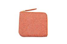 シープレザーを使用したオレンジ色のL字ファスナーミニ財布