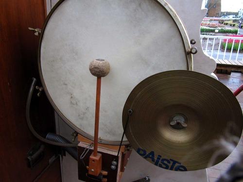 大太鼓とシンバル