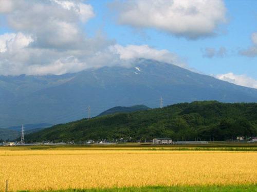 秋の鳥海山(山形県)